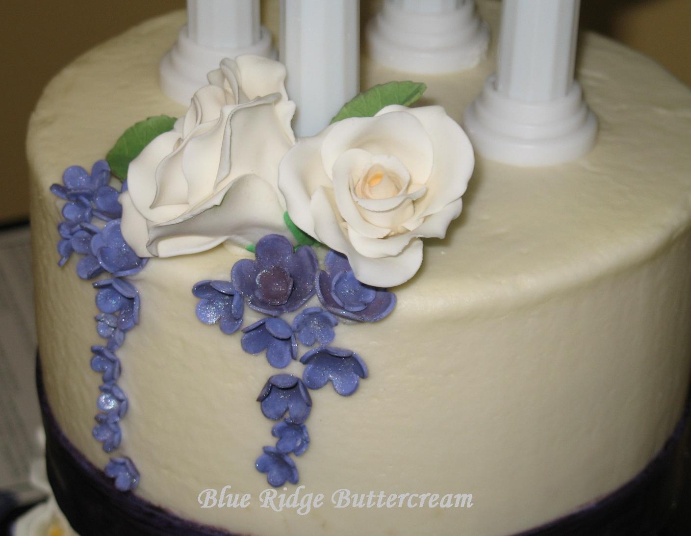 Round Wedding Cakes Blue Ridge Buttercream